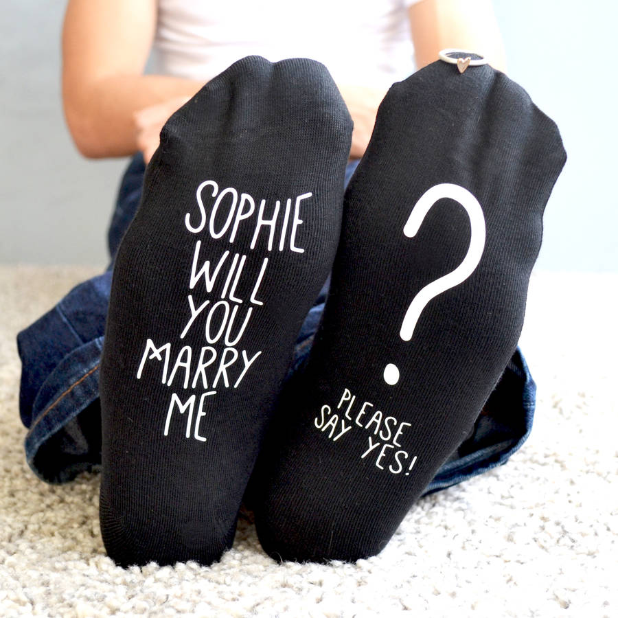 original_will-you-marry-me-proposal-idea-socks